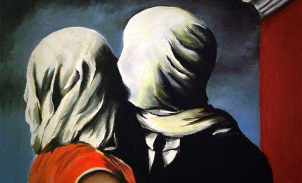 Il bacio nell'arte Magritte-gli-amanti